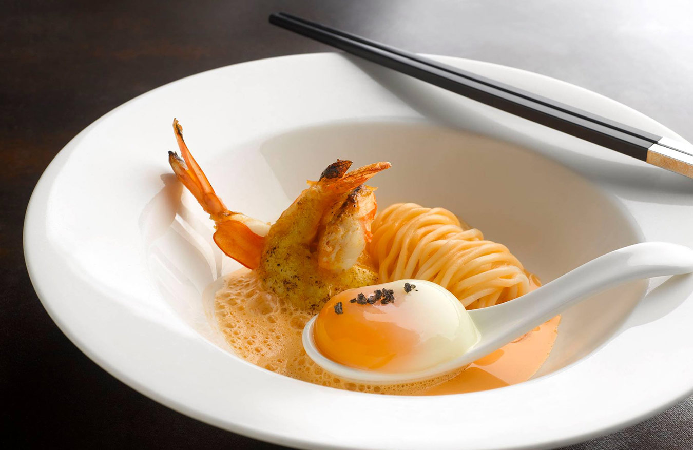 king-prawn-noodle-onsen-tomago-lava-salt-thicken-broth